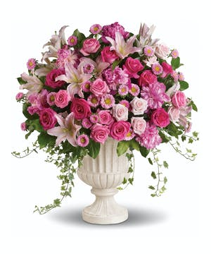 Make a grand statement with this impressive pink arrangement!