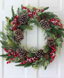 Winter Wonder Wreath (Silk)